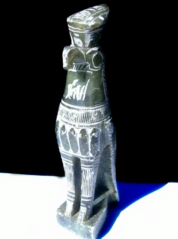 Horus Egyptian Vintage Statue Solid Stone Hand Carved Emerald