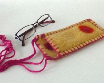 Spectacles Bearer, reading glasses case, woolen glasses case, wearable glasses case