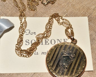 Gold Round Locket Necklace Filigree Chain Antique Gold Filled Photo Keepsake Long Layering Necklace