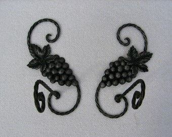 Fantastic Metal Pair of Curtain Tie Backs, French Vintage, Grape Design, Fer Forgé, Wrought Iron, Living Room, Bedroom, Dining Room