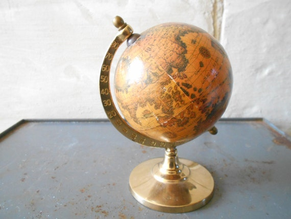"Vintage globe, World globe, collectible earth globe. 5.90 """