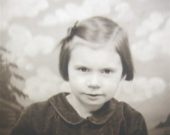 Adorable 1940's Sweet Little Short Haired Girl Photo Booth Photo - Free Shipping
