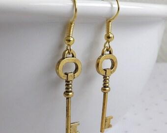 Brass Key Earrings, Brass Gold Dangles, Antique Gold Earrings, Skeleton Key Jewelry, Halloween Jewelry, Brass Gold Jewelry, Unique Gift