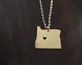 Oregon Necklace, Oregon, gold Oregon necklace, Oregon jewelry, Oregon pendant, state necklace, state jewelry, necklace, gold necklace