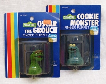 Cookie Monster & Oscar The Grouch Finger Puppets Child Guidance Sesame Street Soft Rubber Toy Hand Puppets Jim Henson Muppets Vintage NEW