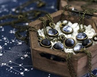 Custom Birth Moon, Birth Moon Necklace, Birth Moon, Moon on your Birthday, Custom Moon Phase, Birthday Necklace, Double sided Birth Moon