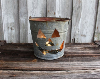 Vintage Galvanized Pail Pumpkin Jack O Lantern Light,gift,fall,rustic home decor,metal,decoration,creative,repurposed halloween,rustic