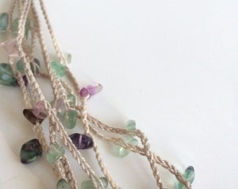 Light green and rafia layers crochet necklace
