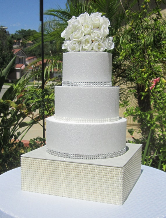 wedding cake riser 24 square faux pearl wedding cake stand riser platform 8732