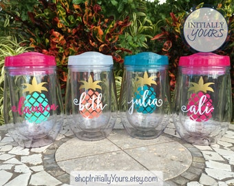 Personalized Pineapple Wine Tumbler, bev2go Wine Cup, Custom Wine Tumbler, Girls Weekend, Pineapple Cup, Pineapple Bachelorette Wine Cup