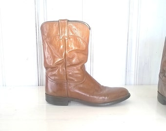All Leather Cowboy Boots: Vintage Justin Size-8D-Mens Tan-Brown Ropers Low-Heel Leather-Soles Cowgirl Western Rodeo Good-Condition
