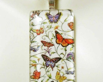 Butterfly pendant and chain - WGP02-030