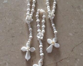 Delicate Cold Porcelain Rosary // First Communion Favors // Holy Communion // Religious Favors // Baptism Favors // Wedding Favors