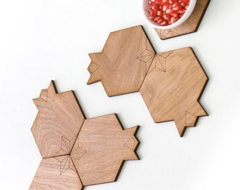 Rosh HaShana gift, Set of 6  coasters, made of wood, pomegranate shaped, modern Judaica,Jewish gift