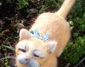 Needle-felted kitten; Felt cat; Felted cat; needle felted cat; OOAK