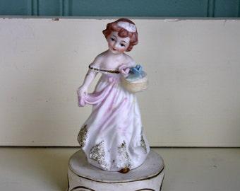 Mid Century Figurine Night Light Little Girl I.W. Rice & Co Japan Lamp