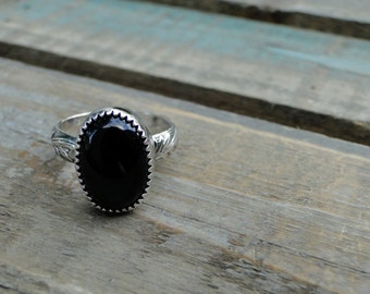 Black Onyx Ring, Floral Band, Sterling Silver, Onyx Ring, Black Onyx Stone, Gemstone Ring, Boho Ring, Mermaid Ring, Made to Order