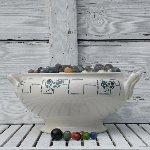 French vintage Longchamps tureen, art deco tureen, shabby chic tureen, french country home cottage chic pot-pourri dish vintage planter