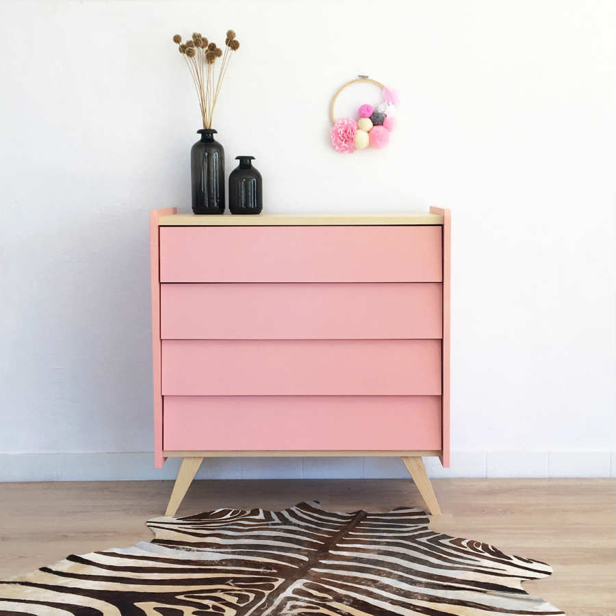commode rangement vintage et scandinave coloris rose. Black Bedroom Furniture Sets. Home Design Ideas