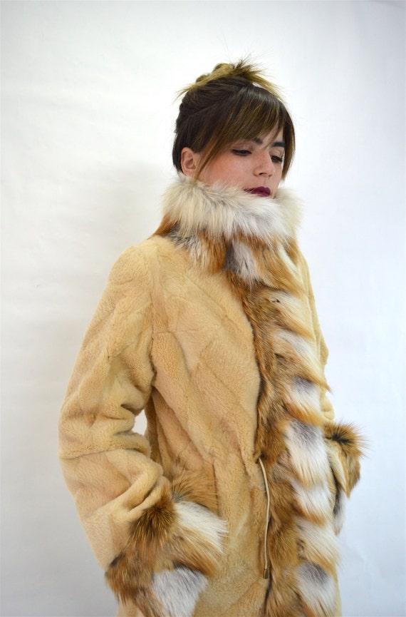 nutria vrai ras manteau de fourrure fourrure de renard roux. Black Bedroom Furniture Sets. Home Design Ideas