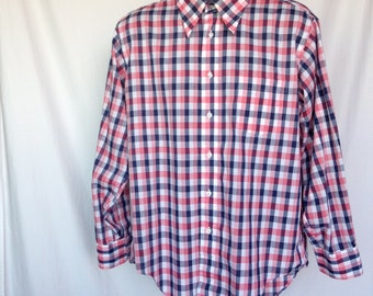 Black, White, and Red Plaid Roos Atkins Long Sleeved Vintage Mens Button Down