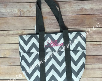 Personalized Chevron insulated Lunch/Cooler/Bottle bag w/FREE Monogram/Name  - Great for Baby Bottle bag, Beach, Boating, School, Brides