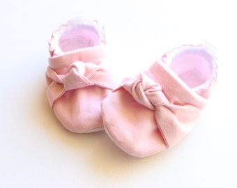 Pink baby knotted shoes, Baby Girl Shoes pink Baby Girl Shoes knot  baby shoes