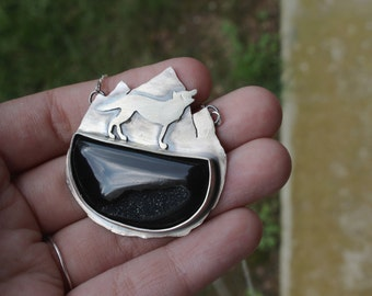 Howling Wolf || Onyx druzzy. Necklace. Handmade silver necklace.