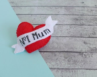 Felt brooch gift for Mum - Mothers Day gift - heart pin - felt heart brooch - vintage mum tattoo pin - tattoo brooch - red Mum brooch