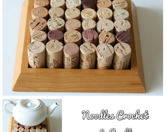 Trivet, heat mat, heat proof mat, wine corks, wine cork trivet, upcycled design, sustainable gift