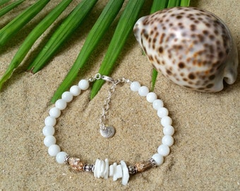 Puka shell bracelet - Bracelet with seashell beads
