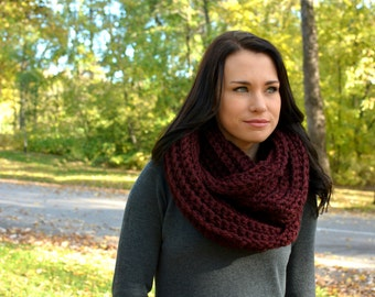 The Elgon Chunky Winter Cowl ∙ Scarf ∙Claret