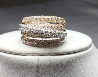 Pave Diamond Ring Tri Colored 18 Karat Gold 3.40 cts