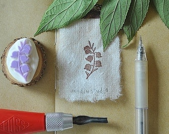 Flower no.1/Floral/ Rustic/ Hand carved Rubber stamp / Wood Mounted / Madin studio