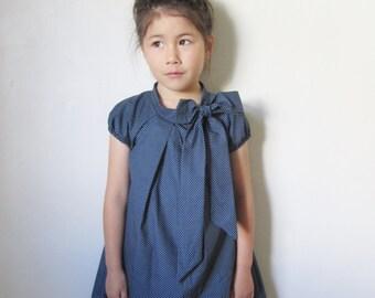 Big bow dress for Girl Toddler, Navy polka dot, Girls Spring Dress, Summer Dress, A-line dress, Birthday Dress, Girls party dress, Handmade