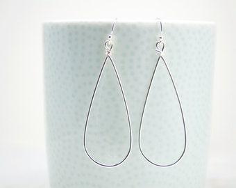 Teardrop Hoop Silver Earrings, Everyday Earrings,Minimalist Earring,Lever Back Earrings,Simple Earrings,Lightweight Earrings,Dangle Earring