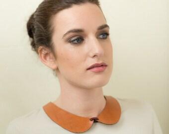 Claudine Collar