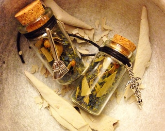 Witches PROTECTION Bottle - Banish Negative Energy, Hexes, Shielding, Cleansing, Clearing. Spell Bottle For Spells, Ritual, Wicca & Magick.