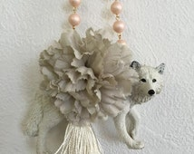 Bag charms of the White Wolf, white wolf, bag charm