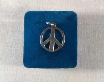 Sterling Silver Peace Sign Charm vintage .925 #810