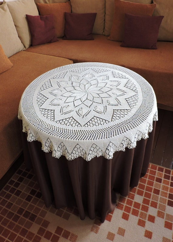 Hand knitted pure cotton table cover Linens Ivory round lace