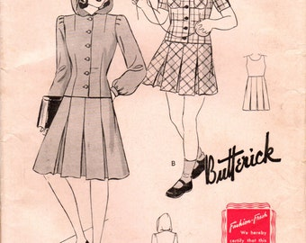 1940s Butterick  1297 FF Vintage Sewing Pattern Junior's Two-Piece Frock with Hood, Top with Hood and Pleated Skirt, Size 15 Bust 33