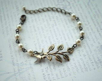 Leaf Bracelet, Antiqued Brass Leaf Branch Bird Bracelet, Adjustable Vintage Style Bracelet Bridesmaids Gift, Wedding Bracelet Rustic Wedding