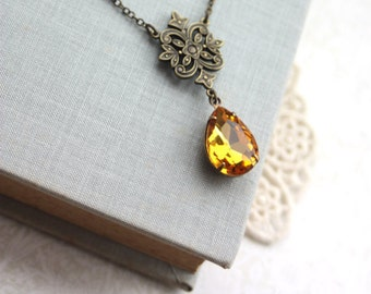 Victorian Inspired Golden Topaz Pear Necklace. Vintage Golden Topaz Rhinestone Glass Jewel Antiqued Brass Necklace. For Wife. Girl Friends.
