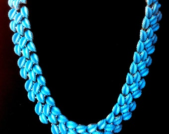 Fabulous Lisner Blue Leaves Thermoset Necklace