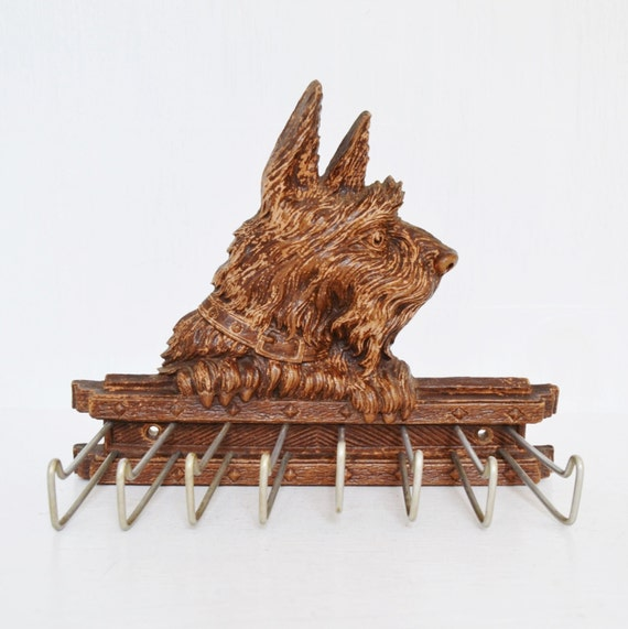 Vintage Tie Rack with a Scottish Terrier and Made of Syroco Wood