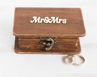 Ring Bearer Box Wedding Box Mr & Mrs Ring Bearer Box Custom Ring Box Rustic Wedding Ring Box Ring Holder Jewelry Box Proposal Ring Box