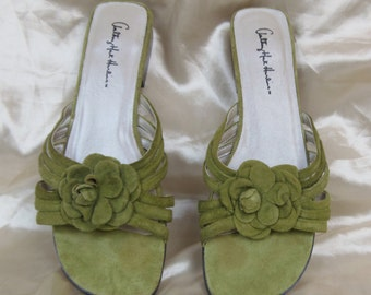 Women's Rare Green Anthony Mark Hankins Green Floral Flower Flats Strappy Sandals 8.5 W