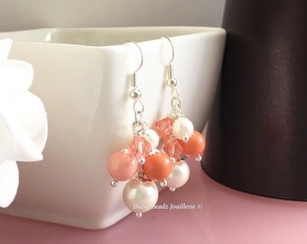 Shades of Coral and Ivory Earrings, Coral Pearl Earrings, Cluster Earrings, Coral Earrings, Bridesmaid Earrings, Coral Wedding Gift for Moms