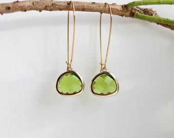 Peridot Earrings - Gold Dangle Earrings - Stone Earrings - Drop Earrings - Birthstone Earrings - Green Earrings  - Peridot Jewellery
